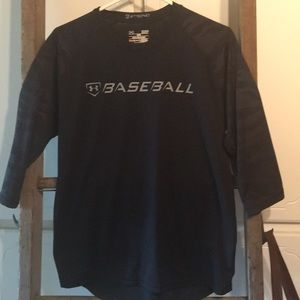 Under armour black baseball top size small
